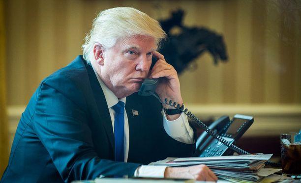 Turkkilaismedioiden mukaan Trump onnitteli Erdogania puhelimitse.