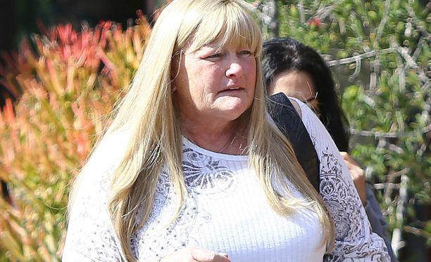 Debbie Rowe on sairastunut rintasyöpään.