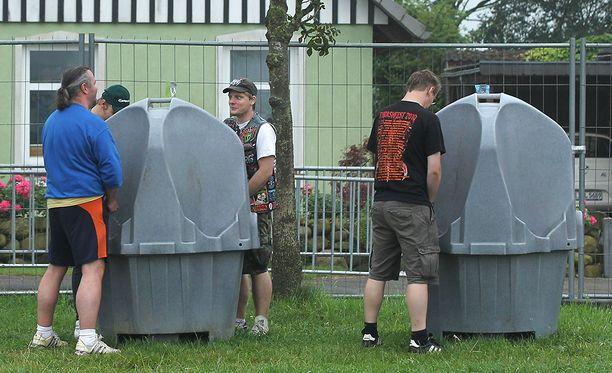 Eurooppalaisilla ei ole estoja käyttää ulkoilma-pisuaareja. Kuva on Hollannista.