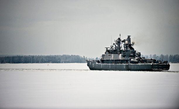 Suomi lähettää harjoituksiin myös miinalaiva Hämeenmaan. Kuvassa miinalaiva Pohjanmaa.