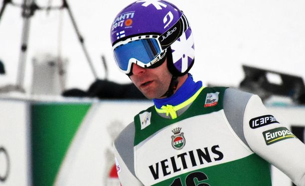 Janne Ahonen pääsi sunnuntaina Lahden maailmancupin kilpailuun.