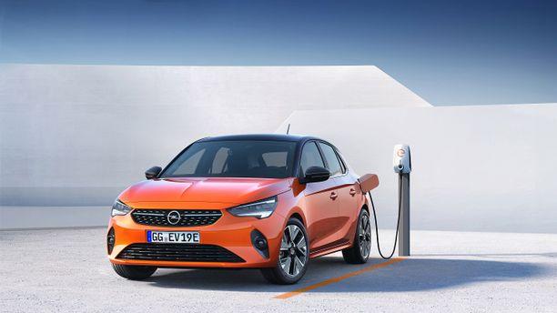 Opel e-Corsa kulkee yhdellä latauksella noin 330 kilometriä.