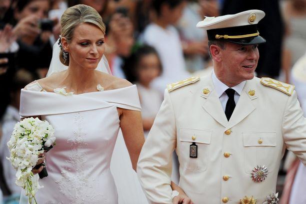 Monacon ruhtinatar Charlene tuli tunnetuksi ammattiuimarina.