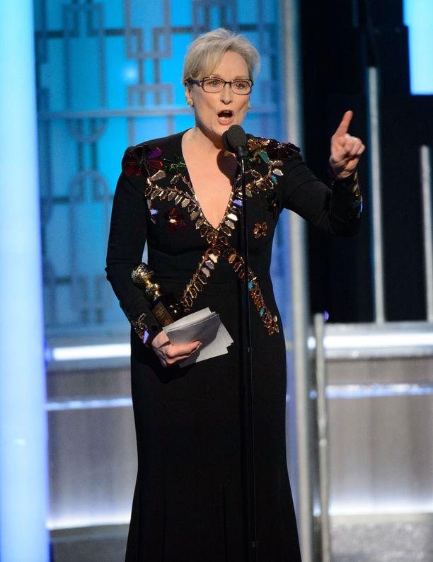 Meryl Streep suomi Donald Trumpia Golden Globe -gaalassa sunnuntaina.