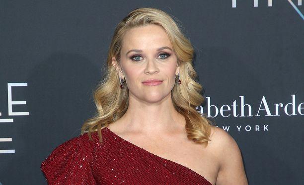 Reese Witherspoon on toiminnan nainen.