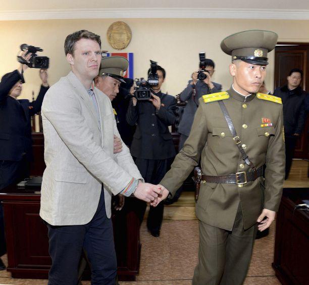 Otto Warmbier otettiin kiinni Pohjois-Koreassa, ja hän kuoli vapauduttuaan.