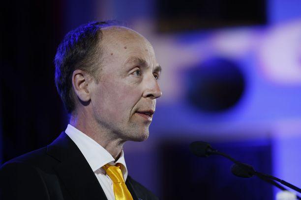 Jussi Halla-aho kiisti pettyneensä ennakkoäänien tuloksiin.