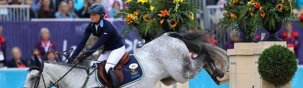 Sara Algotsson Ostholt oli estettä vaille olympiavoittaja.