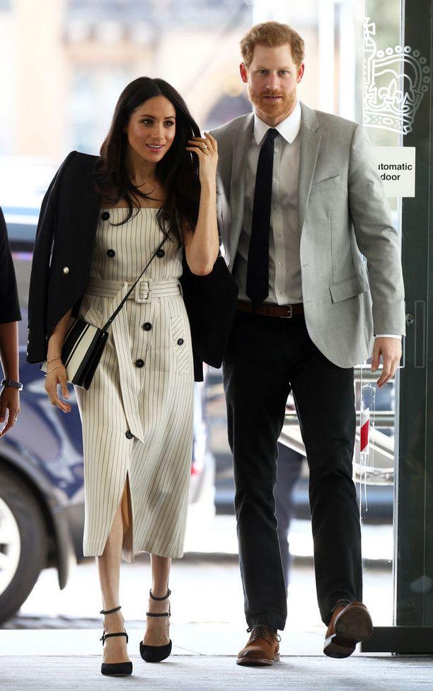 Prinssi Harry ja Meghan Markle ovat seurustelleet vuodesta 2016.