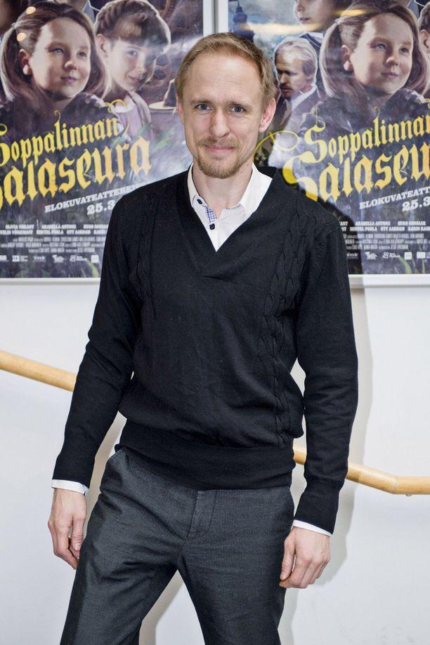 Näyttelijä Sampo Sarkola on yksi Soppalinnan salaseuran näyttelijöistä.