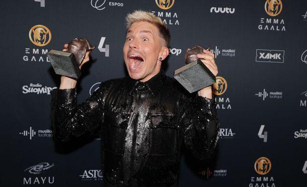 Antti Tuisku nappasi Emma-gaalassa kaksi palkintoa.