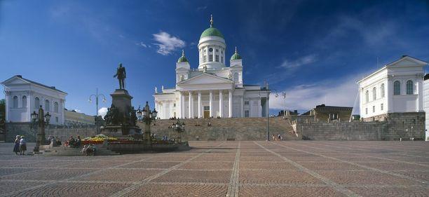 Senaatintori on ehdoton paikka, kun Helsingissä käydään.