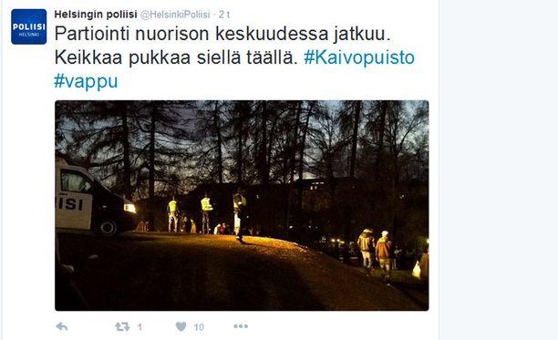 Humaltuneet nuoret työllistivät Helsingin poliisia vappuyönä. Alkuilta oli poliisin mukaan kokonaisuutena suhteellisen rauhallinen.
