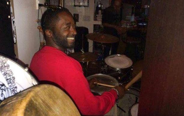 Siviiliasuinen poliisi ampui tien sivuun pysähtyneen Corey Jonesin kuoliaaksi Floridassa toissa sunnuntaina.