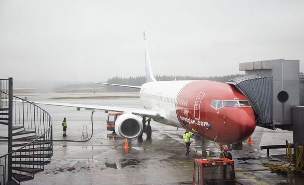 Kuvituskuva Norwegianin koneesta Helsinki-Vantaalta.