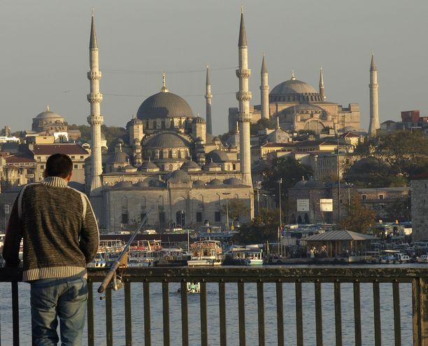 Istanbulista tilatut alkuperäiset laskut osoittautuivat raskaimmaksi näytöksi huijaria vastaan (kuvituskuva).