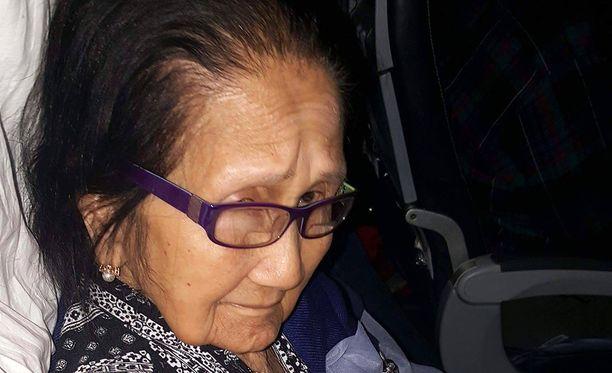 Isoäiti joutui turistiluokkaan, vaikka hänelle oltiin maksettu bisnesluokan lippu.