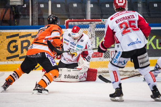 Sami Aittokallio seisoi päällään Hämeenlinnassa.