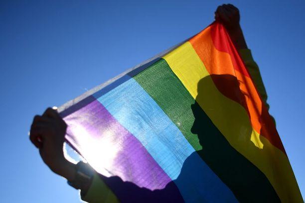 Vahvistamaton kielto vaikuttaisi satoihin Yhdysvaltain armeijan palveluksessa toimiviin transsukupuolisiin ihmisiin.