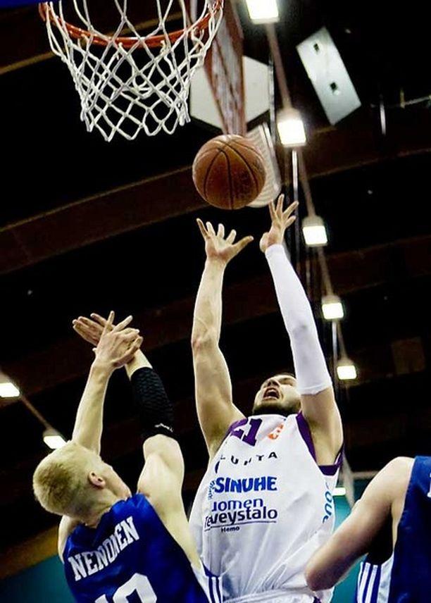 Lahden Namika voitti koripallon SM-kultaa. Kuva toisesta finaaliottelusta.