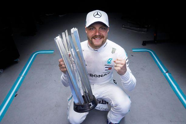 Valtteri Bottas osoitti viime osakilpailussa Bakussa, että on valmis taistelemaan mestaruudesta tällä kaudella.