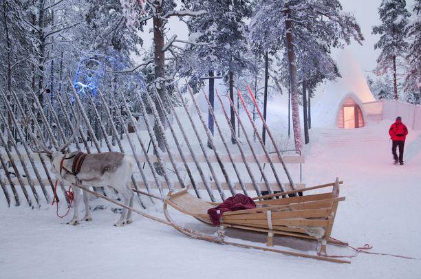 Matkailu-, majoitus- ja ravintolapalvelualan edunvalvontajärjestön MaRan toimitusjohtajalta Timo Lapilta ei heru ymmärrystä Ilmailualan Unionin IAU:n lakkoilulle matkailun sesonkiaikaan. Kuvituskuva.