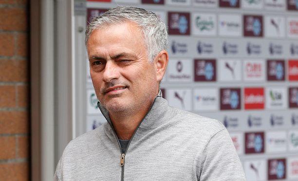 Jose Mourinho päätyi väliviikonloppunakin otsikoihin.