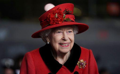Kuningatar Elisabet tukee BLM-liikettä – edustaja paljastaa perheen haluavan auttaa