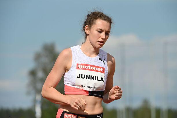 Ella Junnila jäi lauantaina Kuortaneella korkeuteen 189.