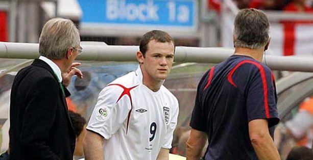 Rooney sai viime hetken ohjeet Svennikseltä torstain ottelussa.