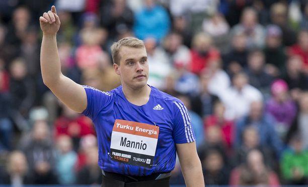 Ari Mannio jäi Teemu Wirkkalan taakse.
