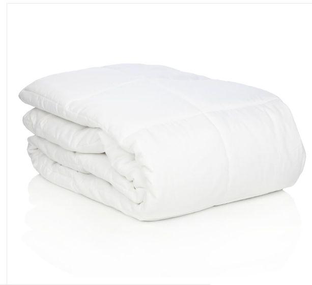 Calmforter -painopeitto painaa noin 5,8 kiloa ja soveltuu 55-100-kiloisille. Peitto Karkkaisilta. Hinta 159,