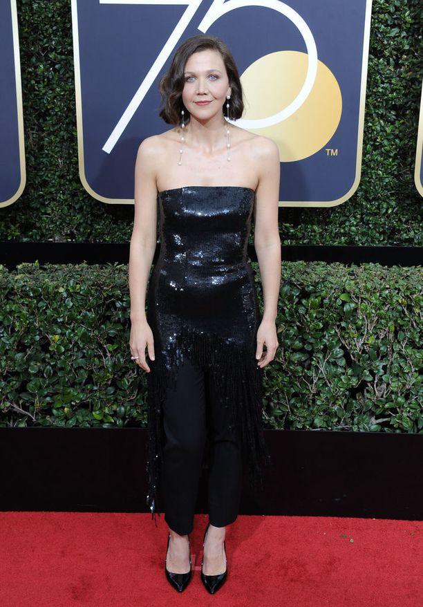 Maggie Gyllenhaalin lisäksi sarjassa näyttelevät James Franco ja Gbenga Akinnagbe.