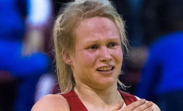 Petra Olli paini upeasti MM-hopeaa. Arkistokuva.