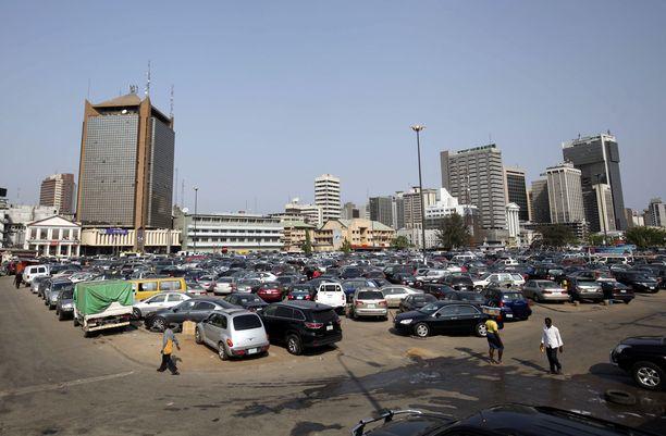 Yleiskuva Nigerian Lagosin bisneskeskittymästä. Nigeria on Afrikan väkirikkain maa ja nopeasti kasvava talous.