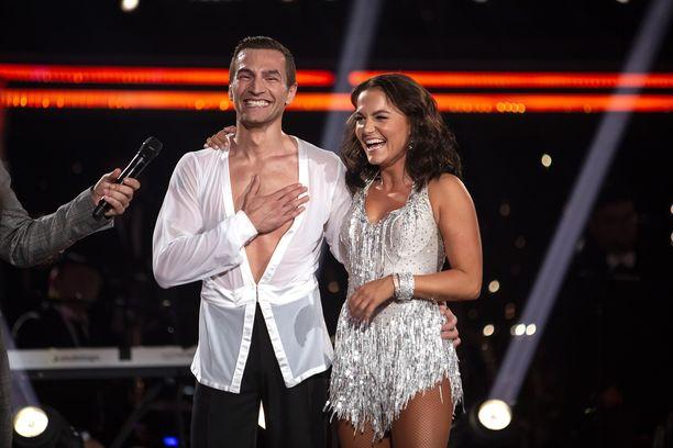 Edis Tatli ja tanssipari Katri Mäkinen voittivat Tanssii tähtien kanssa -tv-kilpailun viime syksynä.