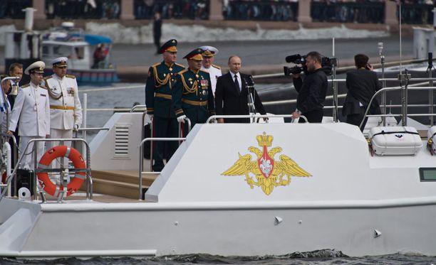 Juhlan huipensi presidentin näyttäytyminen paikalla.
