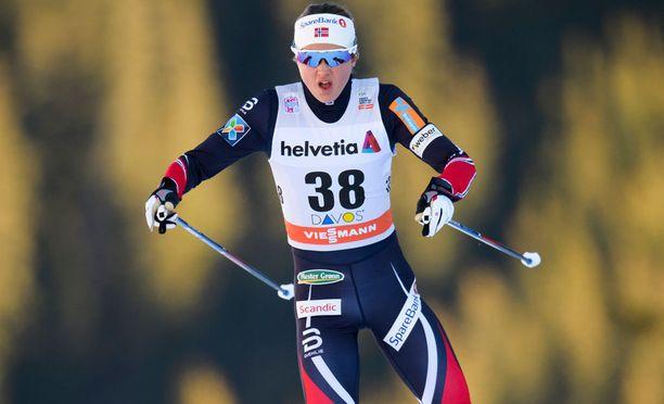 Ingvild Flugstad Östberg joutuu tekemään valinnan rahan ja täysipainoisen olympiavalmistautumisen välillä.
