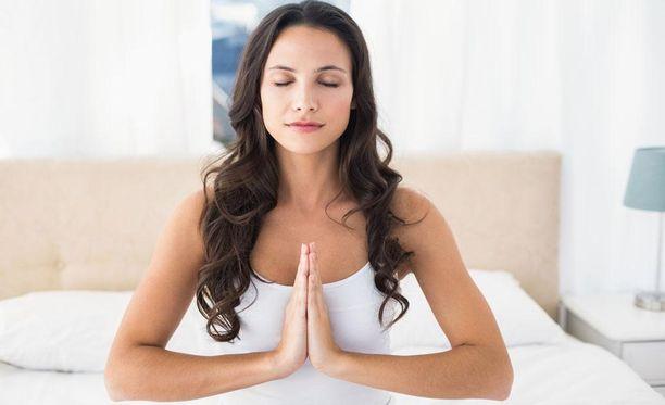 Mindfulnessin harjoittaminen ei ole sidoksissa kulttuuritaustaan, uskontoon tai uskomusjärjestelmiin.