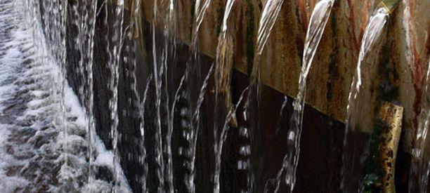 Poliota on havaittu jätevedessä. Kuvan vedenpuhdistamo ei liity tapaukseen.