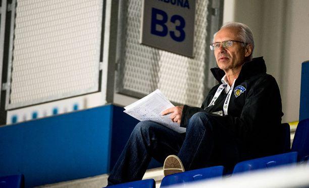 Tuleva Severstal-koutsi Vaclav Sykora toimii Suomen joukkueen yhdyshenkilönä ja avustajana.