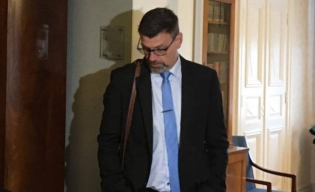 Matti Nissinen myöntää tuottamuksellisen virkavelvollisuuden rikkomisen, mutta ei tahallista tekoa.