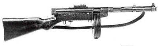 MUSEOASEITA Hautausmaalla rekvisiittana käytetyt Suomi-konepistoolit olivat museoaseita.