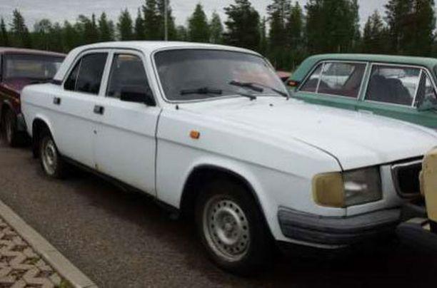 Viroon huudettiin kuvan Volga 520 eurolla.