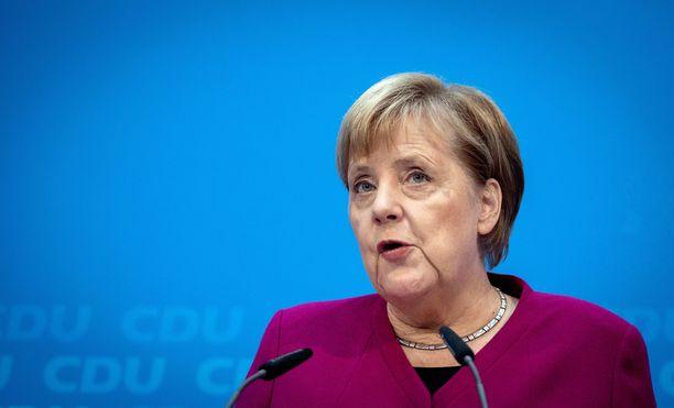 Merkelin hallituksen tie on ollut kuoppainen.