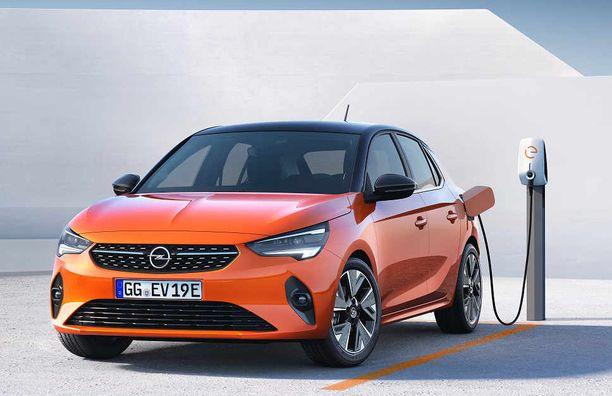 Täydellä akulla pikku-Opel huristelee jopa 330 kilometriä.