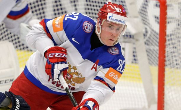 Jevgeni Medvedevin loukkaantuminen oli kova kolaus Venäjän puolustukselle.