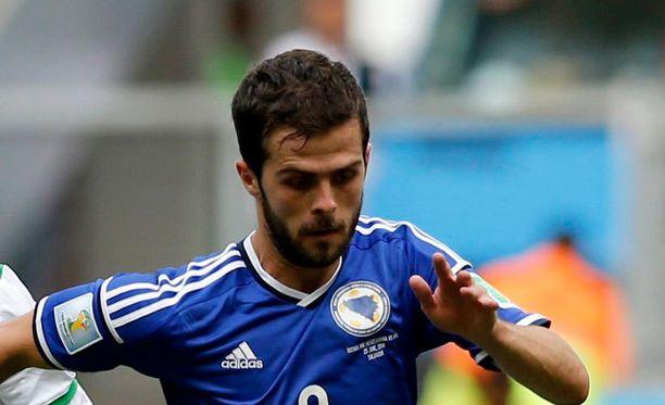 """""""Pikku Prinssi"""" loi MM-kisojen alkulohkon otteluissa Bosnian ja Herzegovinan riveissä kaikista eniten maalipaikkoja."""
