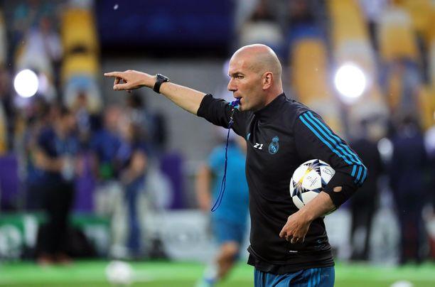 Zinedine Zidane ohjasi Real Madridia edellisen kerran Mestarien liigan finaalissa Liverpoolia vastaan.