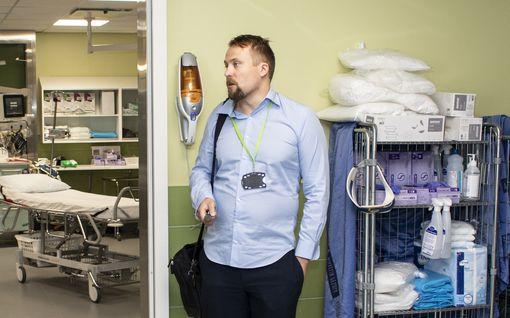 Kunnanjohtajat toivottaisivat Uudenmaan mökkipakenijat tervetulleiksi - lääkärit täysin eri mieltä